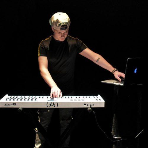 Max Season performing live